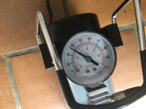 Lescars Mini Luftkompressor (19)